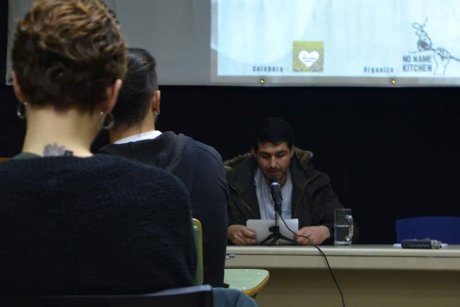 Abdul participando en la proyección de Invierno en Europa