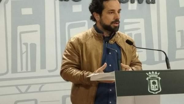 El concejal de Participa Huelva, Jesús Amador.