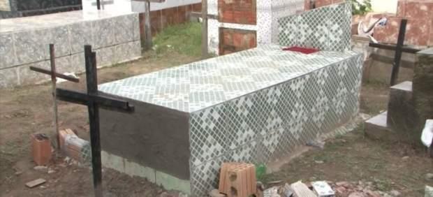 Tumba de Rosangela Almeida dos Santos