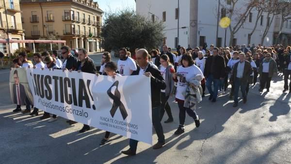 Manifestación en Herencia por la muerte de Gonzalo Buján
