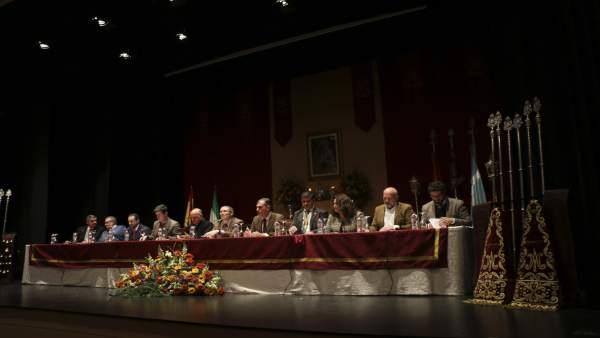 Mesa presidencial de la Asamblea Comarcal de los Caminos del Rocío