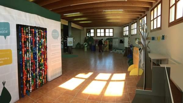 Exposición itinerante 'Gracias por reciclar, tu esfuerzo se notará'.