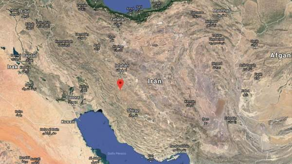 Se estrella un avión en Irán