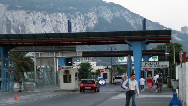 Frontera entre La Linea y Gibraltar