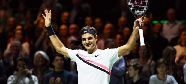 Federer celebra su número 1 mundial ganando el torneo de Rotterdam