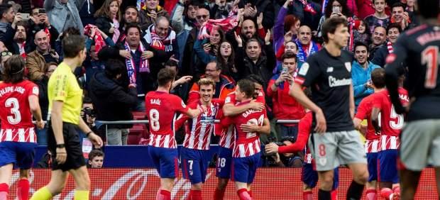 El Atlético de Madrid derrota al Athletic y sigue la estela del FC Barcelona en Liga