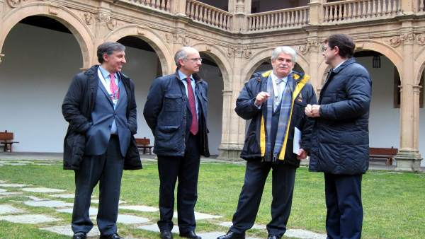 El ministro de Exteriores, Alfonso Dastis, en Salamanca