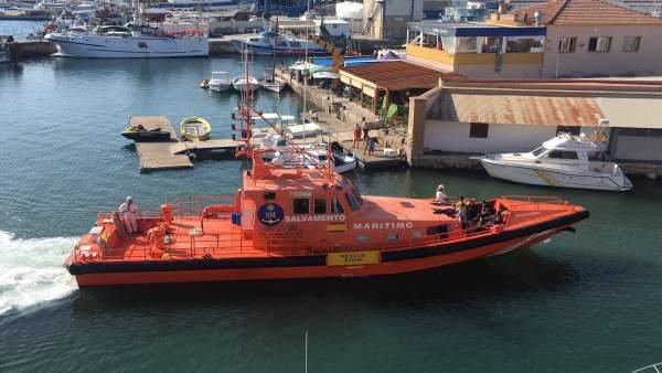 Imagen de la Salvamar Mimosa llegando al Puerto de Cartagena