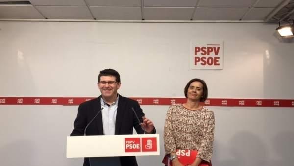 Jorge Rodríguez e Inma Sánchez en rueda de prensa