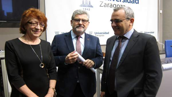 Concha Lomba, José Antonio Mayoral y Luis Miguel García Vinuesa