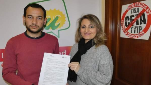 IU entrega sus propuestas para la Agencia del Turismo
