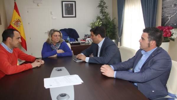 Reunión entre Ayuntamiento y Endesa para mejorar el suministro eléctrico