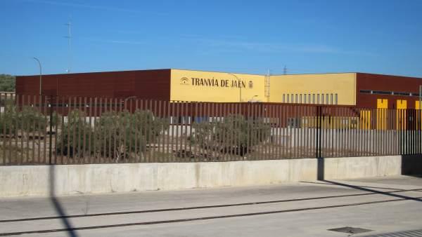 Vista exterior de las cocheras del tranvía de Jaén, en Vaciacostales.