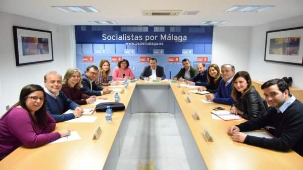 Regunión del PSOE con el grupo parlamentario