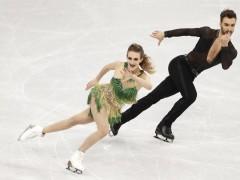 Los patinadores se vuelcan con Gabriella Papadakis tras su infortunio con el vestido