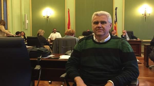 El diputado del PI, Josep Melià