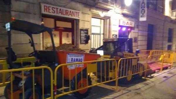 Obras delante del restaurante.
