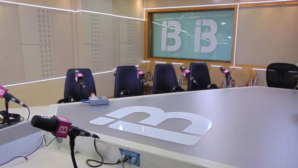 Estudio de IB3 radio