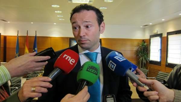 Guillermo Martínez al término de la reunión sobre ventanilla brecha salarial