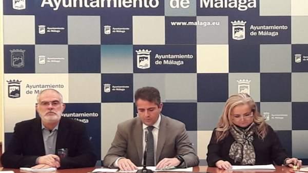 Carlos Conde y Paqui Bazalo en rueda de prensa