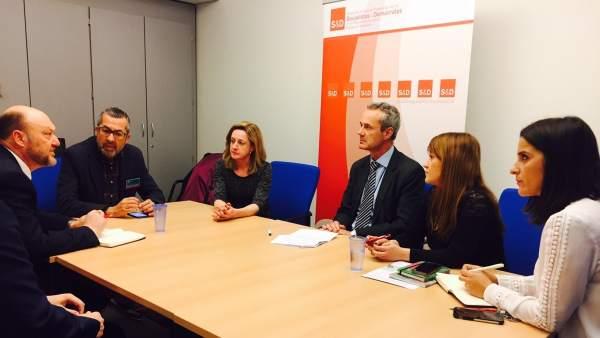 Representantes del PSOE se reúnen para tratar los aranceles en la aceituna