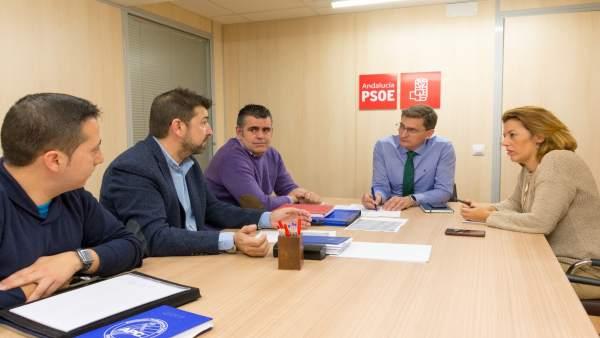 Sánchez Teruel y Ferrer (PSOE) se reúnen con  policías y guardias civiles