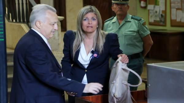 Ana Hermoso en los juzgados de Sevilla por una causa anterior