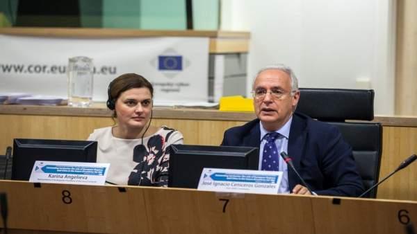 Ceniceros conferencia innovación en Bruselas