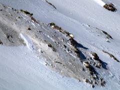 Recuperan los cadáveres de 30 ocupantes del avión accidentado en Irán