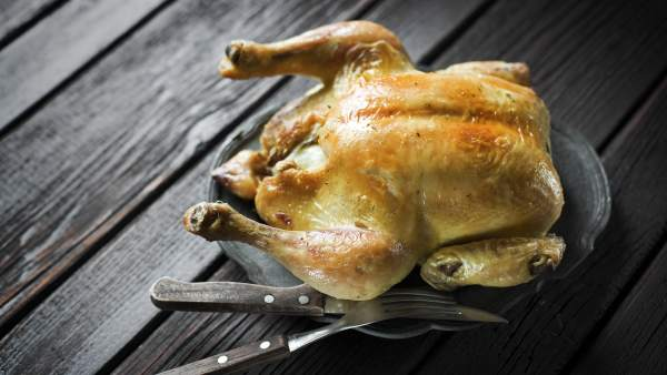 Cuál es la temperatura ideal del horno para preparar pollo asado