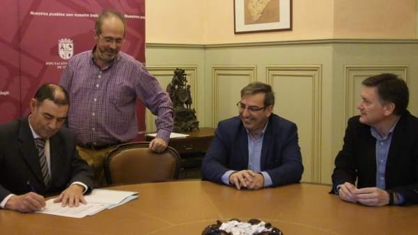 Garrido firma como nuevo jefe Tributario