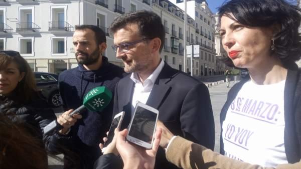 El coordinador de IU en Andalucía, Antonio Maíllo, ante el Congreso