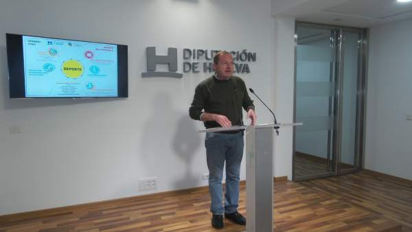 El diputado de Deportes en Huelva, Francisco Martínez Ayllón.