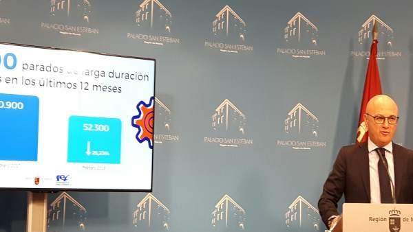 El consejero Juan Hernández, en la rueda de prensa