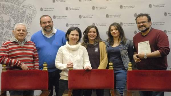 Presentación de la moción para declarar Granada  'territorio libre de CIE'