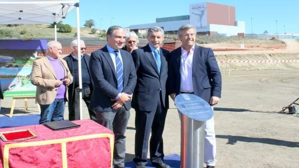 Bendodo, García Urbano alcalde Estepona y Federación de Atletismo López Cuenca