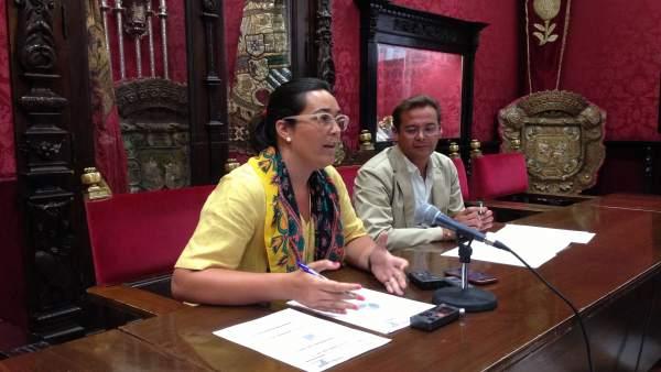 María Francés y Antonio Granados en rueda de prensa