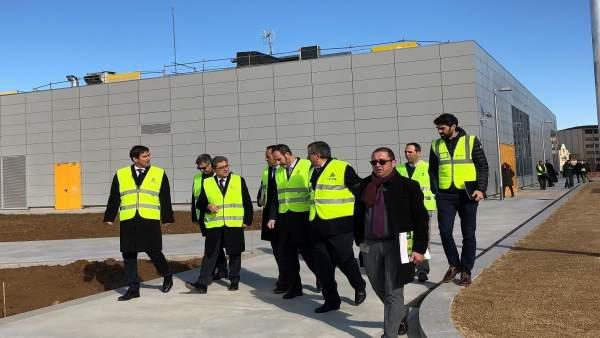 Enric Millo visita las estaciones de tren de Girona
