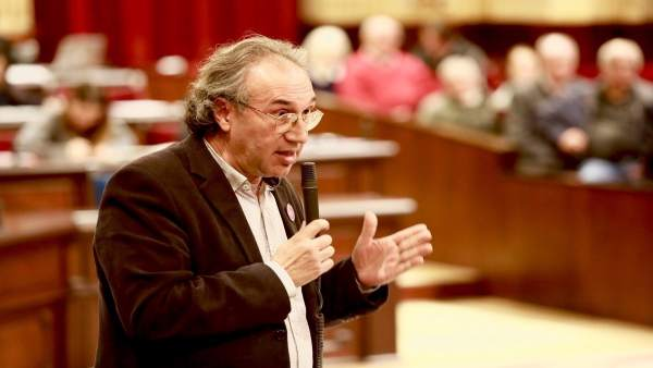 El conseller Martí March en el pleno