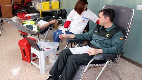 Guardia Civil colabora en la campaña de donación de sangre de la Región