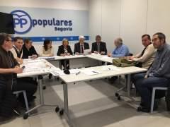 Segovia.- Reunión en el PP con trabajadores del centro penitenciario