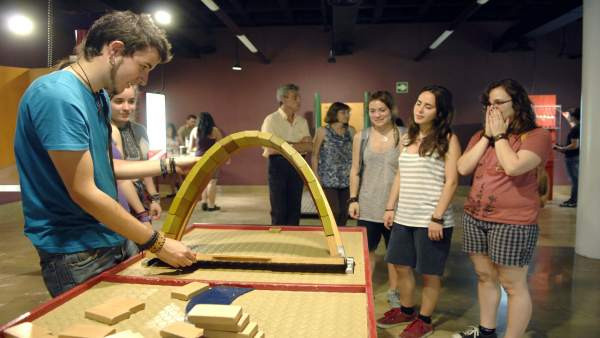 Taller de física recreativa en el Parque de las Ciencias