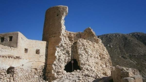 Estado de una de las torres del Castillo de San Pedro