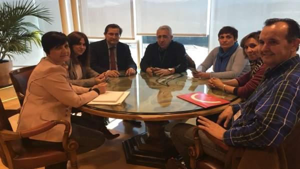 Reunión en la Diputación para preparar la huelga feminista