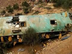 Al menos 43 muertos en un accidente de autobús en el sur de Perú