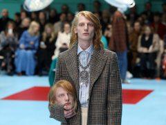 Gucci desfila en Milán con cabezas decapitadas, serpientes y dragones