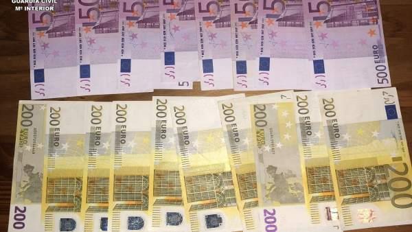 Dinero intervenido en una operación contra traficantes de Tarragona