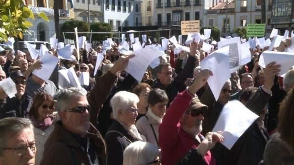 Concentración de jubilados por unas pensiones dignas