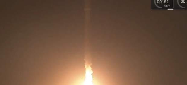 SpaceX lanza con éxito el satélite español Paz