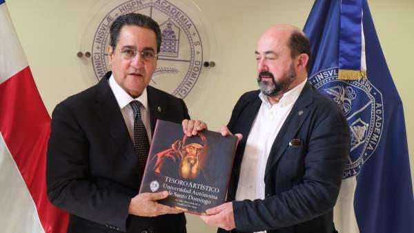 La UNIA y la Universidad Autónoma de Santo Domingo.